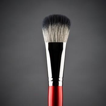Кисть для макияжа LUDOVIK №4 W