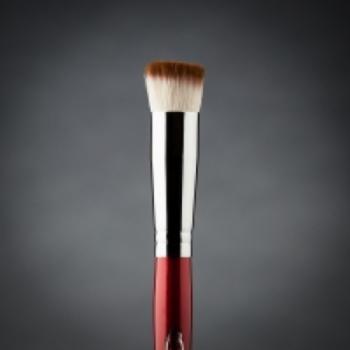 Кисть макияжная профессиональная Ludovik №30kb (Kabuki) d.16 для румян и пудры, коза