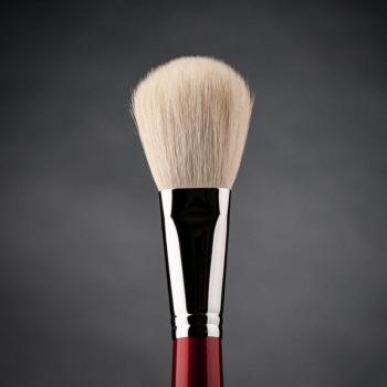 Кисть макияжная профессиональная Ludovik № 3wk для пудры, сухой коррекции и румян, белая коза