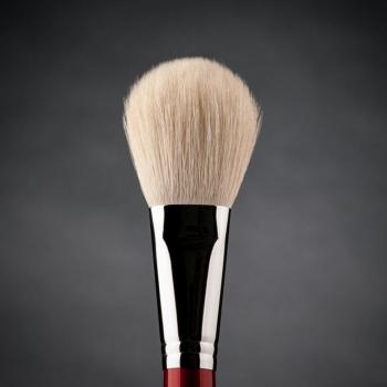 Кисть макияжная профессиональная Ludovik № 2wk для пудры, сухой коррекции и румян, белая коза